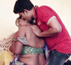 Bhai Ke Sath Masti Bhare Pal