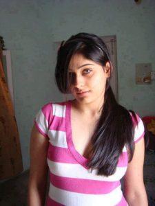 Jhadiyon-Me-Hui-Meri-Jamkar-Chudai